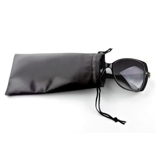 Etui woreczek na okulary w kolorze czarnym