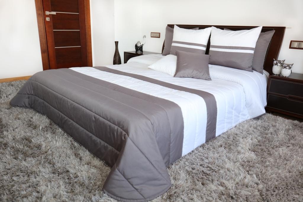 Narzuta na łóżko Mariall NM45-G