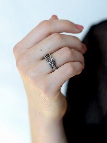 Linie - pierścionek srebrny