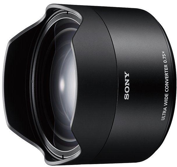Sony SEL075UWC, konwerter szerokokątny do obiektywu Sony FE 28 mm F/2 (SEL28F2), zmienia parametry optyczne na 21 mm F/2.8, czarny.