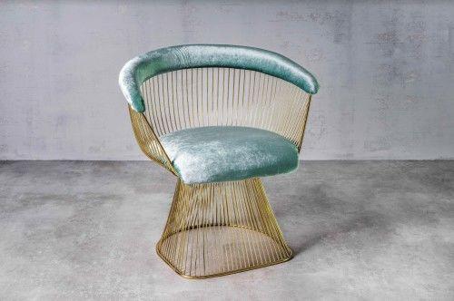 Aksamitny fotel Praslin miętowy podstawa gold