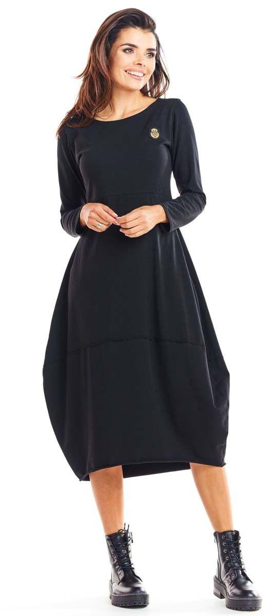 Czarna dzianinowa sukienka bombka z długim rękawem