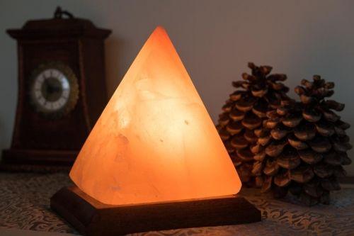 Lampa solna nocna Piramida