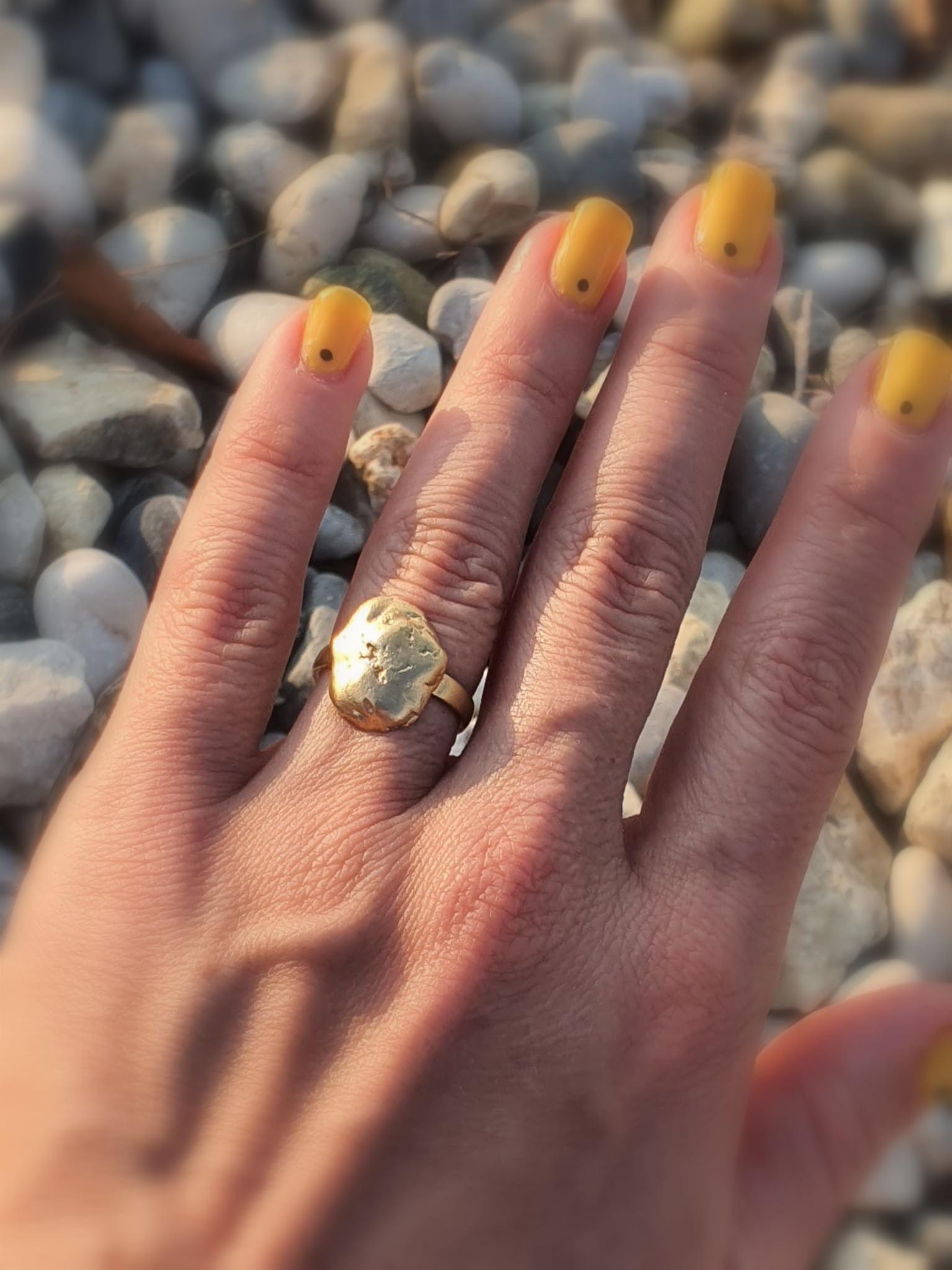 Lawa złota - pierścionek srebrny