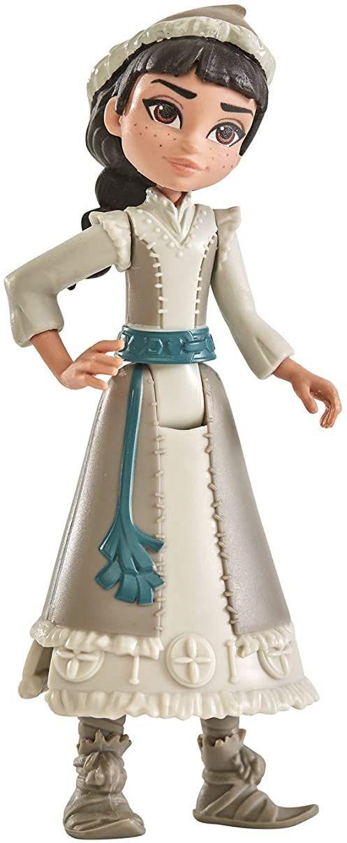Hasbro Disney Królowa lodu mała lalka Honeymaren z białym strojem