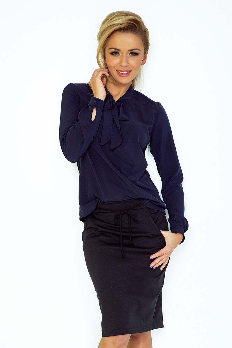 Granatowa bluzka elegancka z wiązaną szarfą