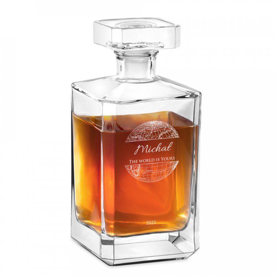 Karafka szklana burbon z grawerem dla podróżnika na 18 urodziny