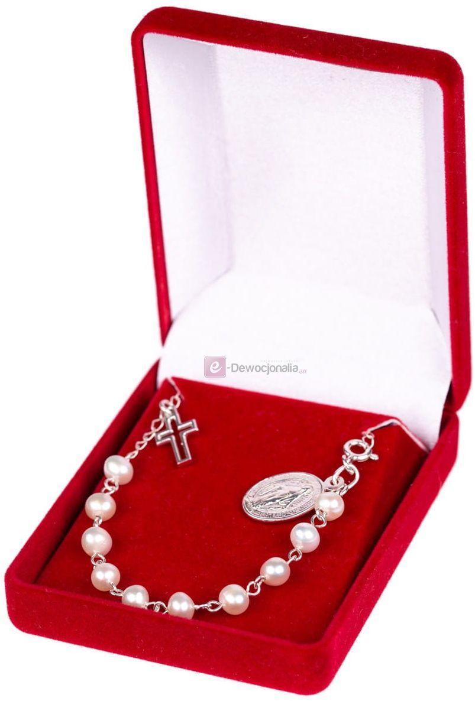 Bransoletka srebrna, pr.925 z naturalnymi perłami w eleganckim pudełeczku