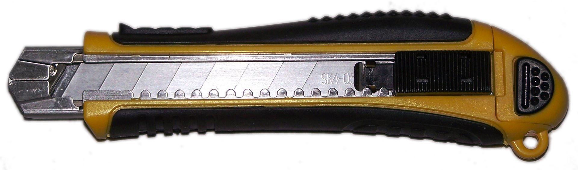 Nóż do tapet 18mm 5-ostrzy DREL