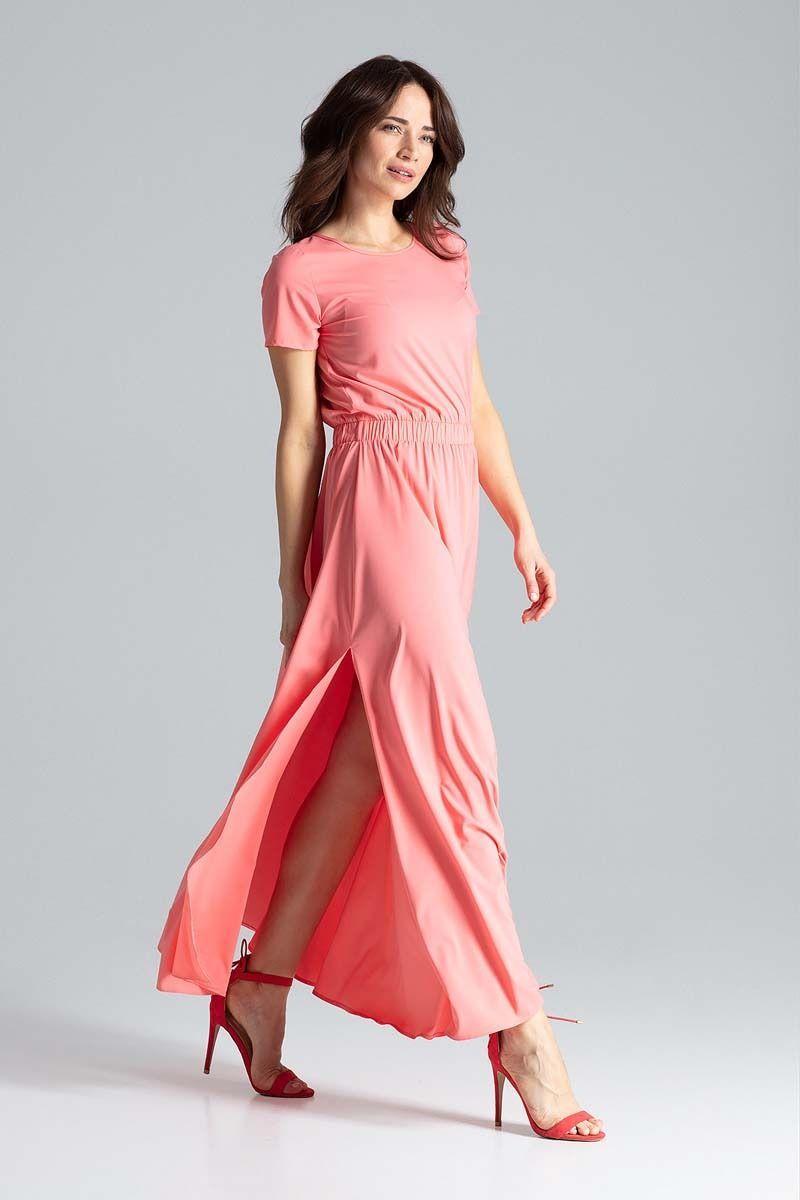 Koralowa sukienka maxi z podkreśloną talią