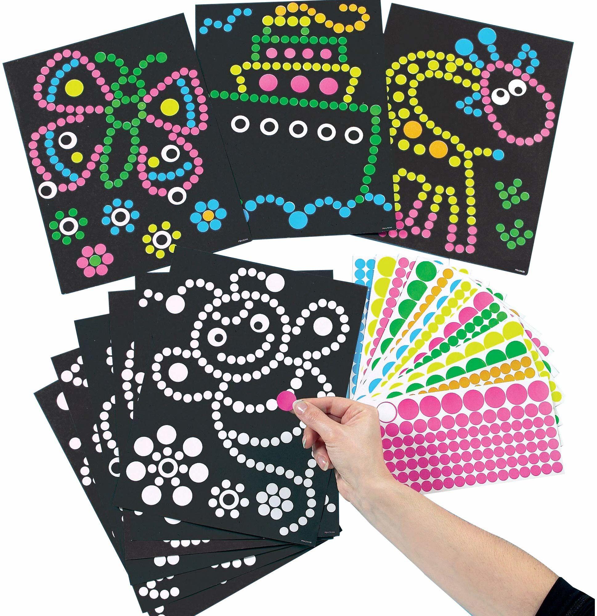 Baker Ross ET113 Ross zestaw do majsterkowania  obrazki z naklejkami  naklejki dla dzieci do zdejmowania i nakładania na wydrukowane motywy  8 sztuk