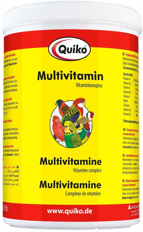 Quiko Multivitamin 750 g - kompleks witamin w proszku dla ptaków ozdobnych, maskotek i kury - zapewnia optymalne dostarczanie witamin - do zapobiegania niedoborowi witamin u młodych i dorosłych ptaków