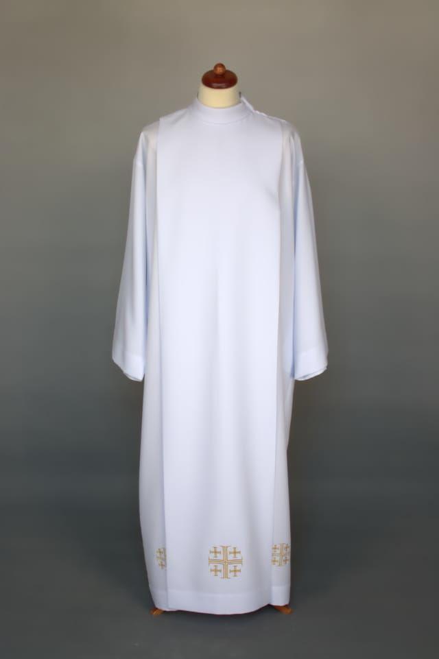 Alba kapłańska zdobiona haftem