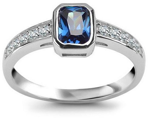 Srebrny pierścionek PCS6017 - Cyrkonia