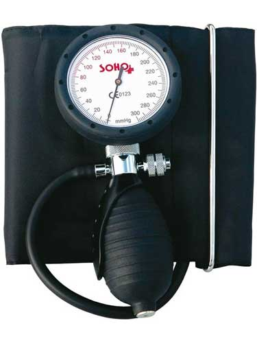 Zegarowy ciśnieniomierz z pompką