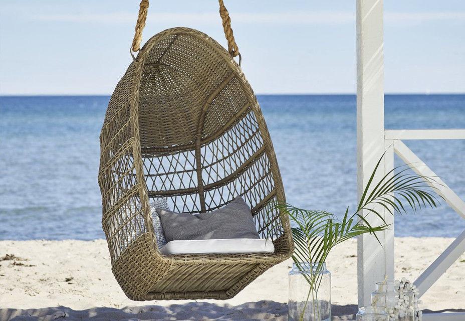 Fotel wiszacy na plazy