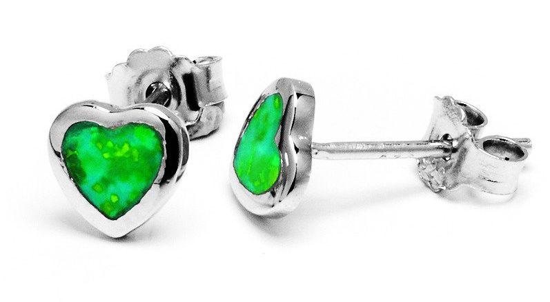 Srebrne kolczyki serduszka z zielonym opalemSrebrne kolczyki serduszka z zielonym opalem