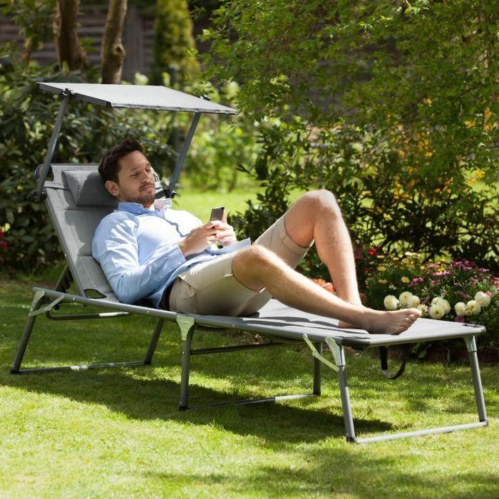 Leżak w ogrodzie