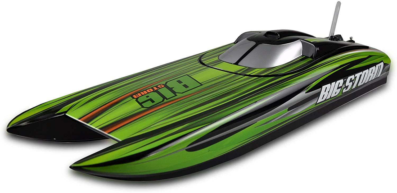 Zdalnie sterowana motorówka do wyścigów na jeziorze