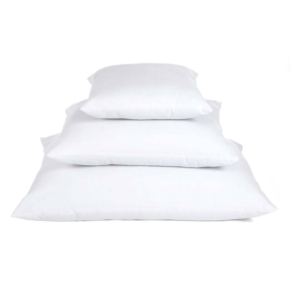 trzy poduszki
