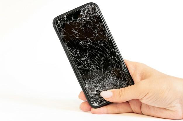 smartfon zniszony wyswietlacz
