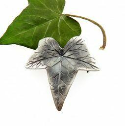 Broszka liść