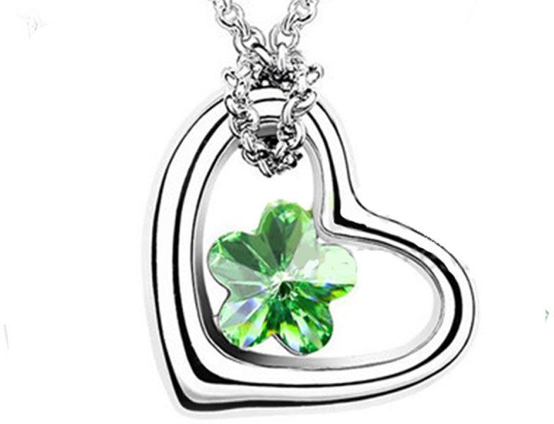 Naszyjnik z zielonym kamieniem