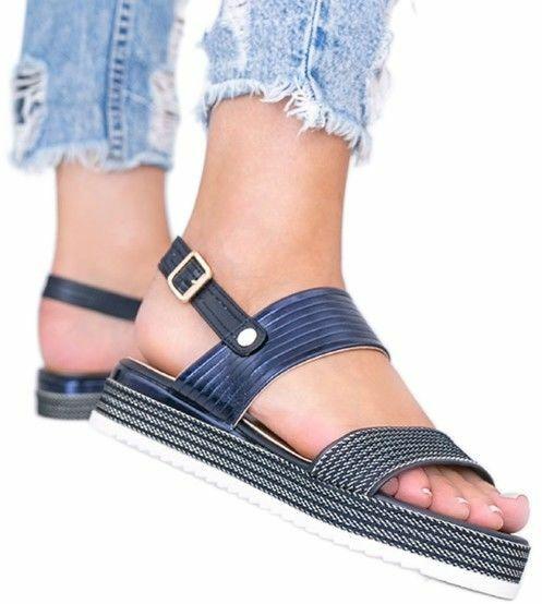 Sandały na platformie