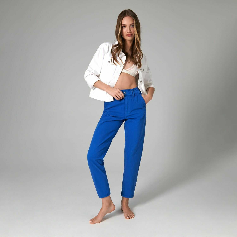 Spodnie wiązane w pasie