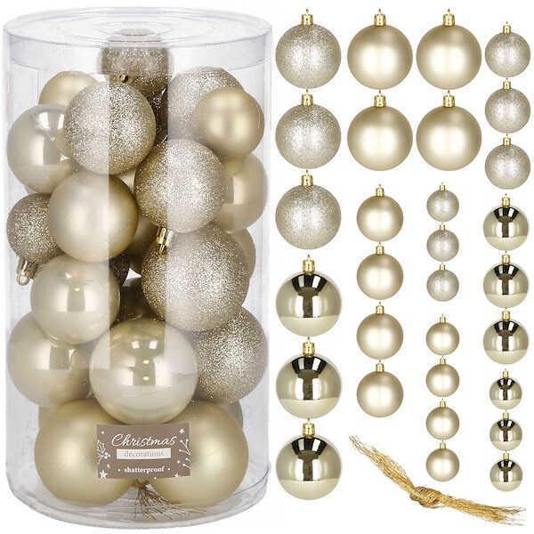 Złote dekoracje bożonarodzeniowe
